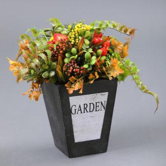 Композиции из искусственных цветов и сухоцветов